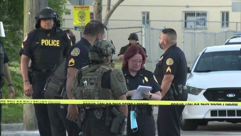 Miami-Dade necesita más agentes de policía para controlar la violencia con armas de fuego